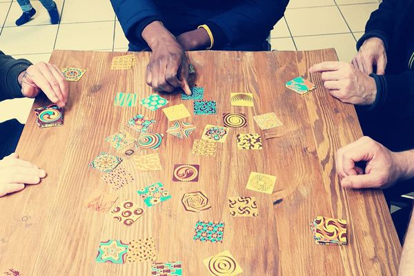 Le confinement est l'occasion de découvrir les jeux de société dits modernes. Le collectif amiénois les Dés givrés sont de bons conseils.