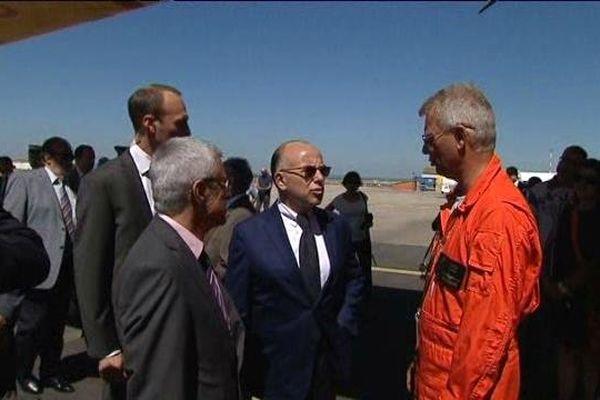 Bernard Cazeneuve lors de sa visite