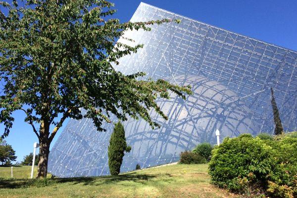 La société Dikéos est chargée, entre autres, de l'entretien des 60 hectares d'espaces verts et jardins du parc du Futuroscope