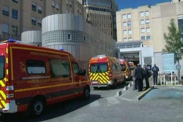 Le 21 août jean-Marc Ayrault a rendu visite aux personnel des urgences de la Conception
