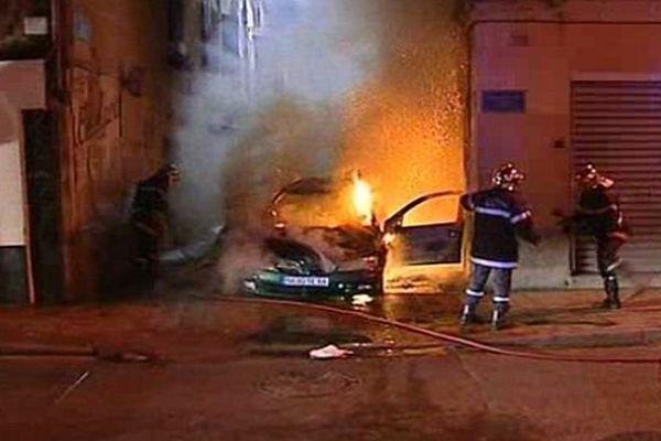 Perpignan le 22 mai 2005 - les émeutes dans le quartier Saint-Jacques - archives