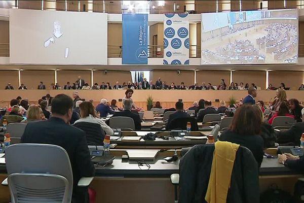 Assemblée plénière du Conseil régional d'Auvergne-Rhône-Alpes