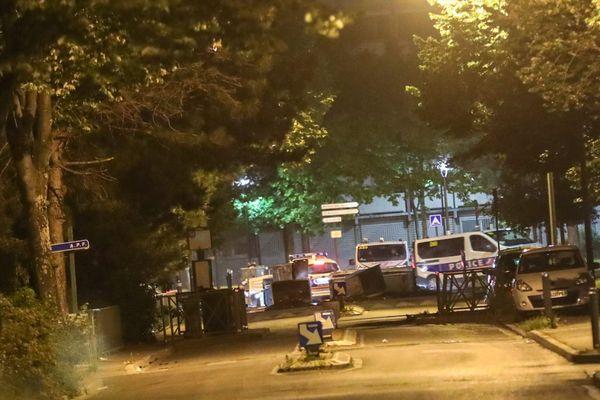 Valence, quartier de Fontbarlette : les locaux de Valence Romans Agglo avaient été incendiés dans la nuit du 28 au 29 mai 2020.