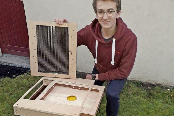 Avec sa ruche connectée, le rouennais Paul Michel va pouvoir suivre à distance l'état de santé de l'essaim