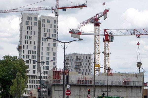 A Paris, seulement 7 % des travaux relèvent de la mairie (illustration).