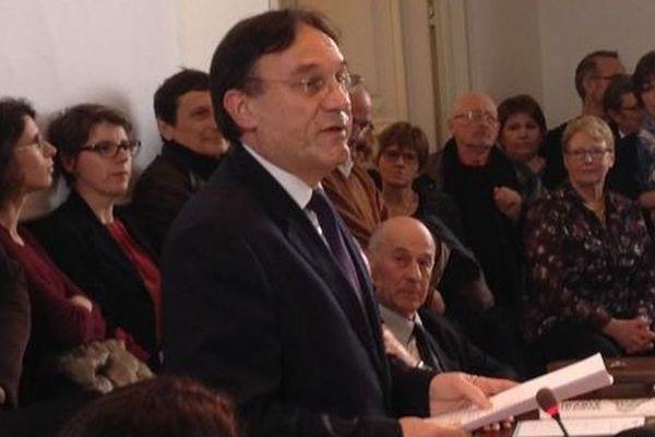 Patrice Joly (PS), réélu président du département de la Nièvre
