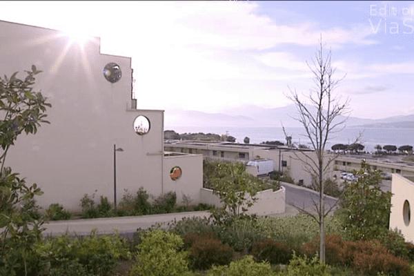 Aux portes d'Ajaccio, un terrain coûte en moyenne plus de 200 000 euros.