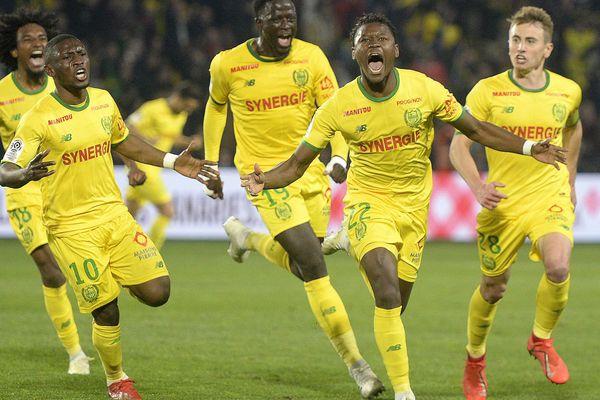 Lors du match FC Nantes-OL, le 12 avril 2019, la joie des nantais sur le deuxième but de Limbombe (22)