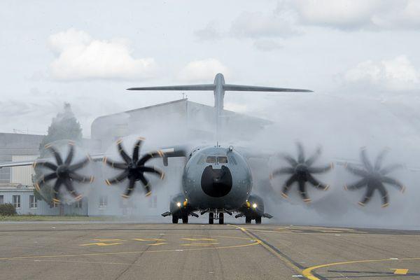 Sur la base aérienne d'Orléans-Bricy (Loiret)