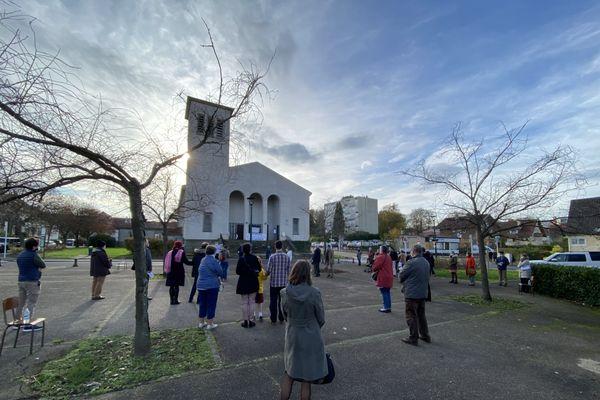 """A Metz, un rassemblement """"pour la défense de la messe"""" a réuni une trentaine de fidèles"""