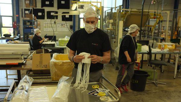A Vesoul, le groupe associatif Handy'up est passé en 3/8 le 31 mars 2020. L'usine tourne 7 jours sur 7.
