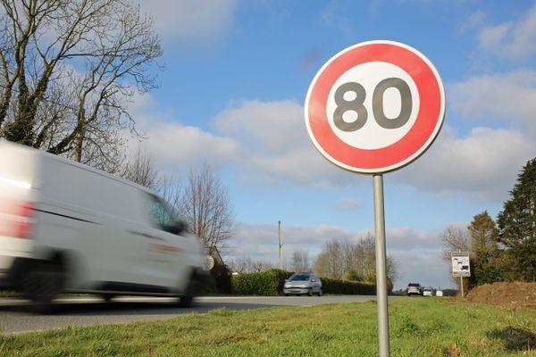 Le chauffeur roulait à 153 km/h au lieu de 80 km/h au volant d'une voiture de luxe
