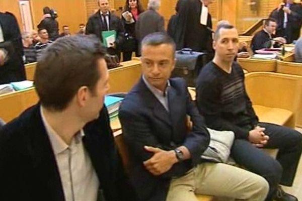 Montpellier - Hugues Bonningues (G), Jean-Baptiste Pothier (C) et Christophe Allard (D), 3 militaires du 3e RPIMa sur le banc des accusés - 10 avril 2013.