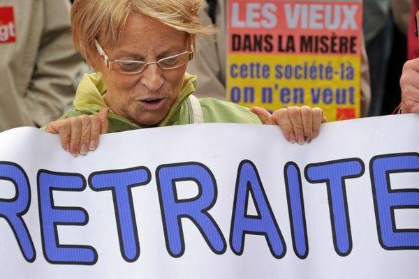 Archives, manifestation pour les retraites en 2011 à Lille