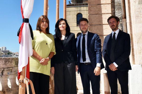 Michèle Rubirola, maire de Marseille a reçu Sonia Abou Azar, consule Générale du Liban à Marseille mardi 4 août. Les drapeaux sont en berne en hommage et en soutien au peuple libanais.