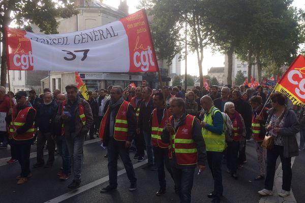 (Archives) Un cortège de manifestants rassemblé à Tours.