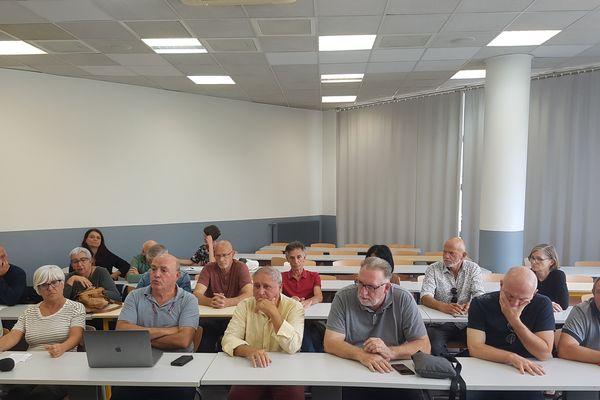 Réunion de travail du collectif Maffia nò, a vita iè à Corte, le 6 octobre 2019.