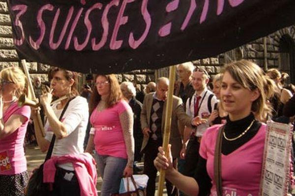 Une action des Licenci'elles contre les licenciements sans cause économique - archives 2012