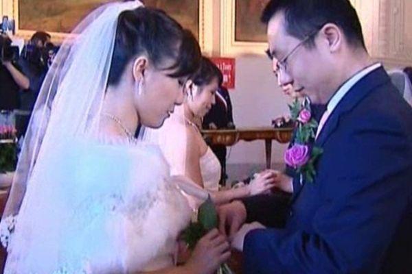 La mairie de Tours a suspendu l'organisation des mariages chinois en janvier 2012