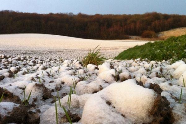 La plaine de Osmoy-Saint-Valéry sous la neige.