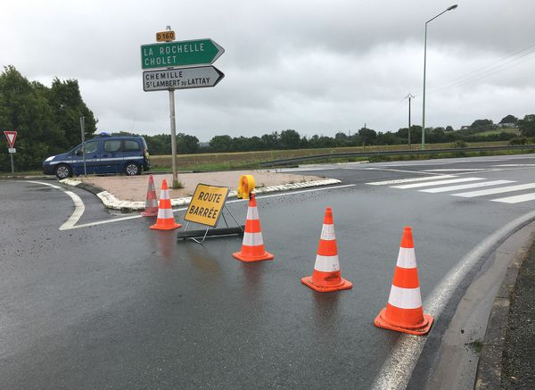 La RD 160 a dû être fermée entre le rond-point de Mozet-sur-louet et le rond-point de l'entrée A 87.