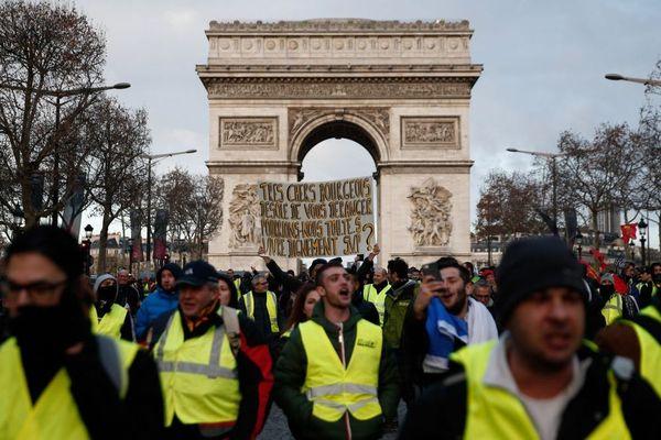 Des Bretons avaient pris place parmi les milliers de Gilets jaunes présents à Paris pour cet acte IV des Gilets jaunes - 8/12/2018