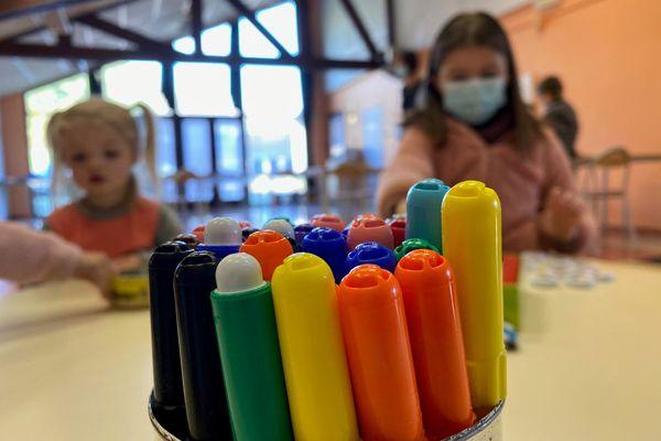 12 avril 2021 : enfants dans un centre de loisirs près de Dieppe
