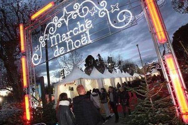 Le marché de Noël de Draguignan s'est installé sur le boulevard principal