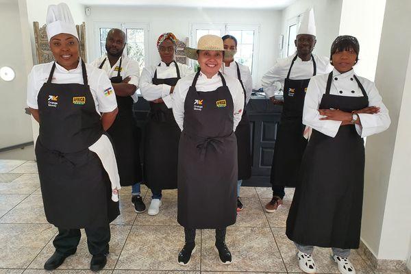 Dans Best Chef Afrika, sept candidats s'affrontent dans des épreuves qui mettent en avant la culture africaine