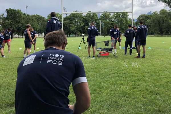 Les rugbymen du FCG ont pu reprendre l'entraînement mardi 2 juin.