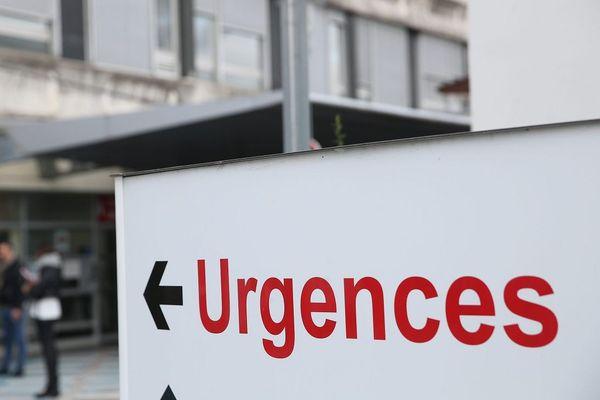 Comme beaucoup de ses confrères, David Dall'Acqua, médecin urgentiste à l'hôpital de Vichy, dans l'Allier, a démissionné de ses fonctions administratives. Début février, il ne sera plus chef du service des urgences.
