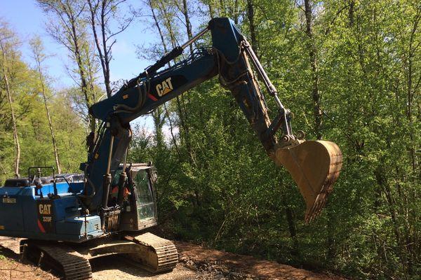 Les travaux de terrassement ont commencé dans la forêt d''Ham sur Meuse.