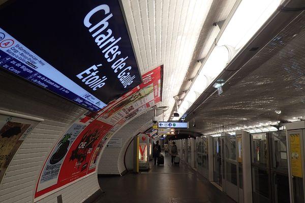 Plusieurs stations de métro et RER sont fermées au public lors de cette 25e journée de mobilisation des gilets jaunes.