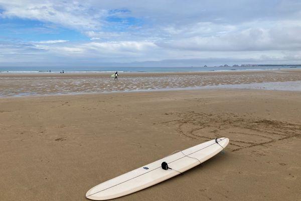 La plage de la Palue à Crozon, prisée par les surfeurs. Son accès va être restreint car sa fréquentation est très importante