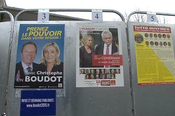 Mais qui est la tête de liste FN dans l'Allier ? La réponse n'est pas sur ces affiches.