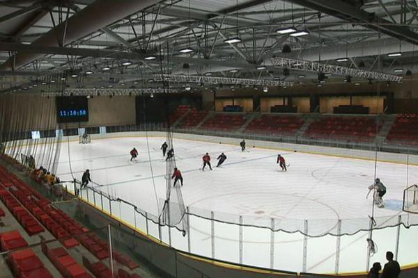 La patinoire Michel-Raffoux a ouvert ses portes le 1er août 2019.