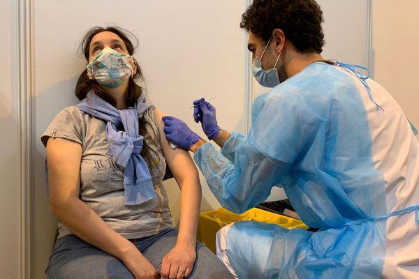 Les acteurs de la santé en Occitanie lancent un appel à la population pour se faire vacciner