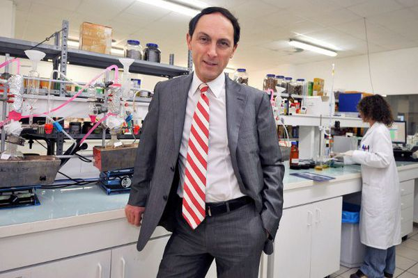 Gilles Martin, dans un de ses laboratoires de Nantes.