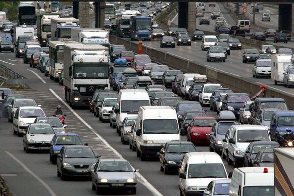 Bison Futé prévoit un trafic dense sur les routes