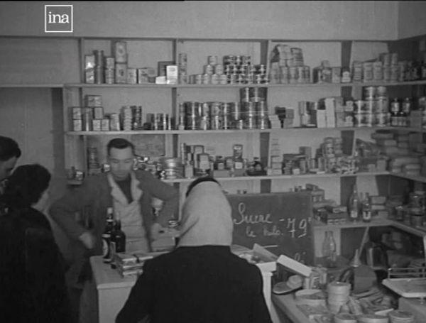 Une épicerie en 1969