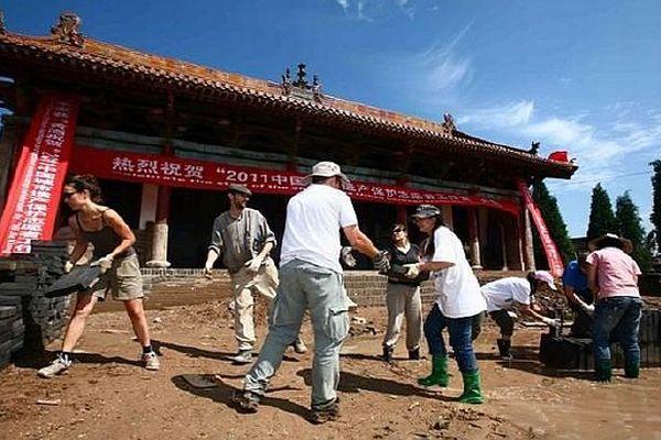 L'union Rempart, qui réunit 170 associations locales de sauvegarde du patrimoine, mène des actions de coopération avec la Chine.