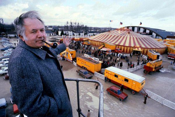 Jean-Richard à Tours, lors du lancement d'une nouvelle saison du cirque Pinder (1980).