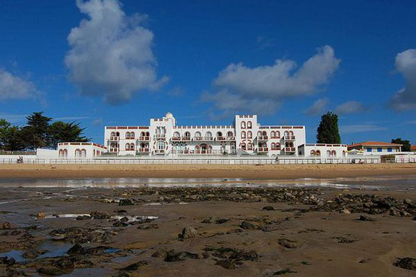 La résidence de l'Océan à La Tranche-sur-Mer, les Français prévoient de dépenser 1979 euros en moyenne pour leurs vacances 2015
