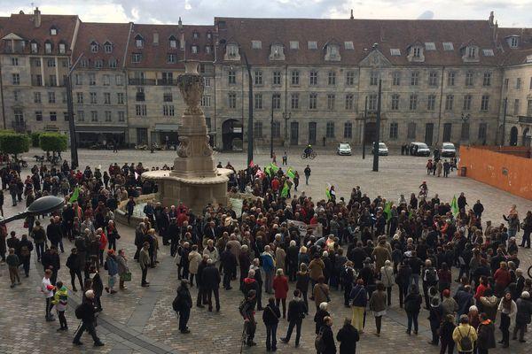 Besançon, manifestation anti Front National avant le second tour