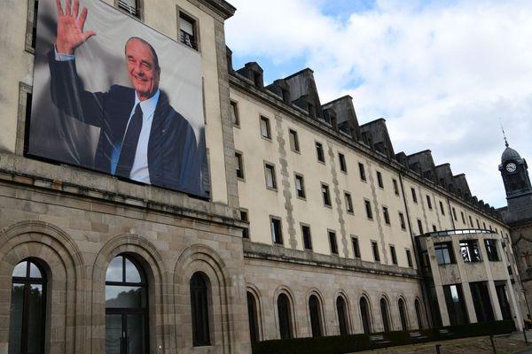 La photo du président Chirac, au conseil départemental de Tulle