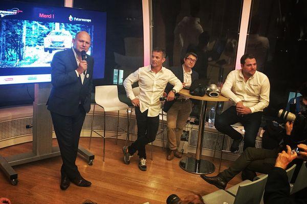 """Dominique Hummel présente """"Sébastien Loeb Racing Xperience"""" aux côté de Sébastien Loeb, à la Maison de l'Alsace à Paris."""
