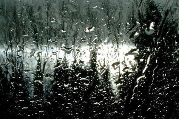 Illustration - Pluies intenses et forts orages sur la Corse