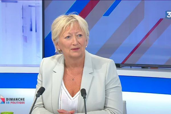 """Catherine Morin-Desailly sur le plateau du magazine """"Dimanche en Politique"""""""