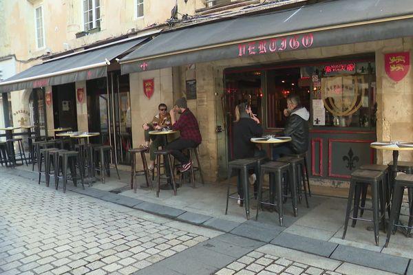 A Caen comme dans tout le Calvados, les établissements qui ne font que bar seront fermés pendant au moins 3 semaines