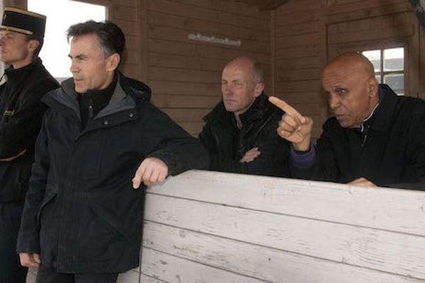 Philippe Mull, entouré des deux Ecuyers en charge du dressage, Eric Chalamet et Guillaume Lundy, ainsi que Ralph Hippolyte.
